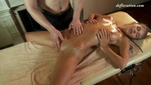 Sexy babe finally has her first massage orgasm