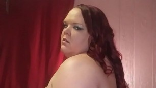 Striptease, booty shaking and slapping - VivianDimondBBW