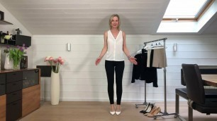 Office Outfit mit High Heels Bleistiftrock