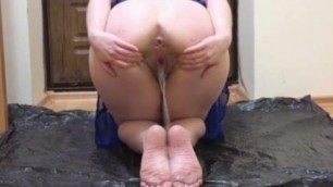 Hot sexy bitch Claudia – piss hole and ass gape